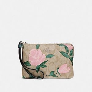 NWT Coach pink rose wristlet!! PRICE FIRM